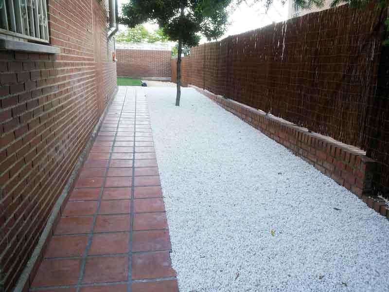 Desbroces y limpiezas de jardines. Viveros Coronado, Navalcarnero Madrid