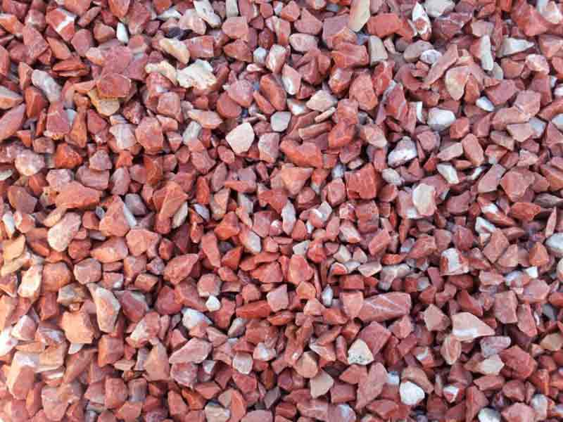Piedra decorativa triturado rojo Alicante. Viveros Coronado Navalcarnero Madrid